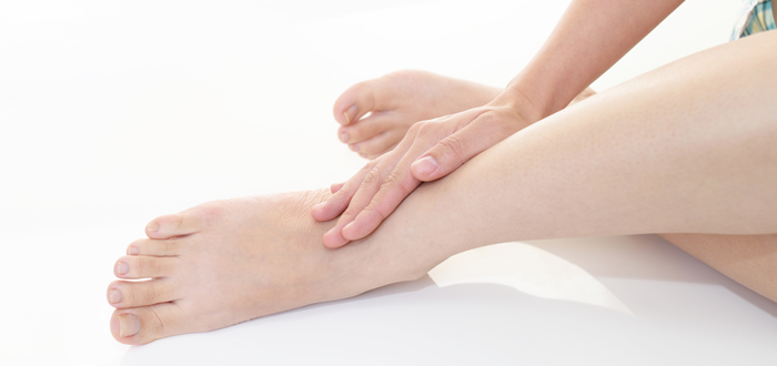 足 の むくみ 病気 高齢 者 高齢者の足のむくみの原因と対策 - 足のむくみを取る方法
